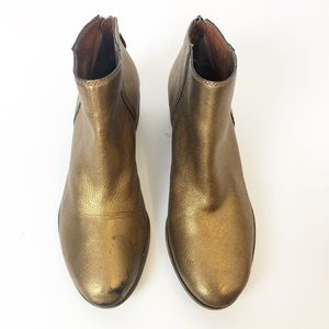 EUC Lucky Brand Bronze Belvva ankle zip booties